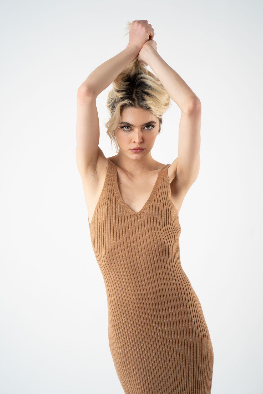 1rochie maro din tricot cu sidef v21 Eliza