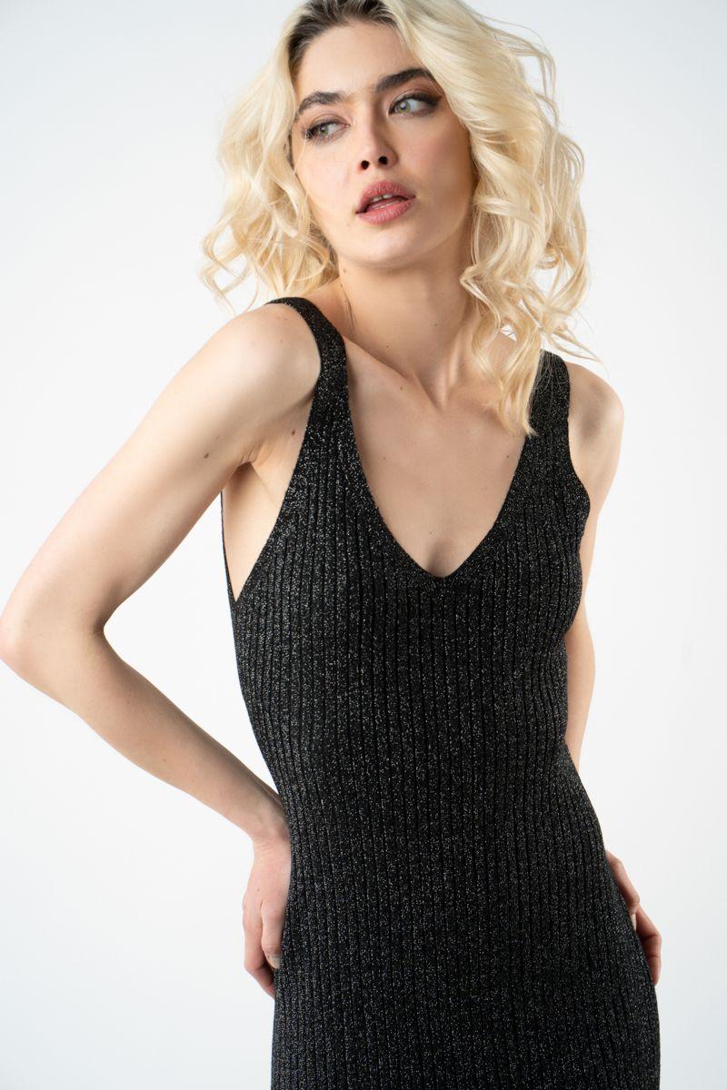 rochie neagra din tricot cu sidef v21 Eliza ETIC 2