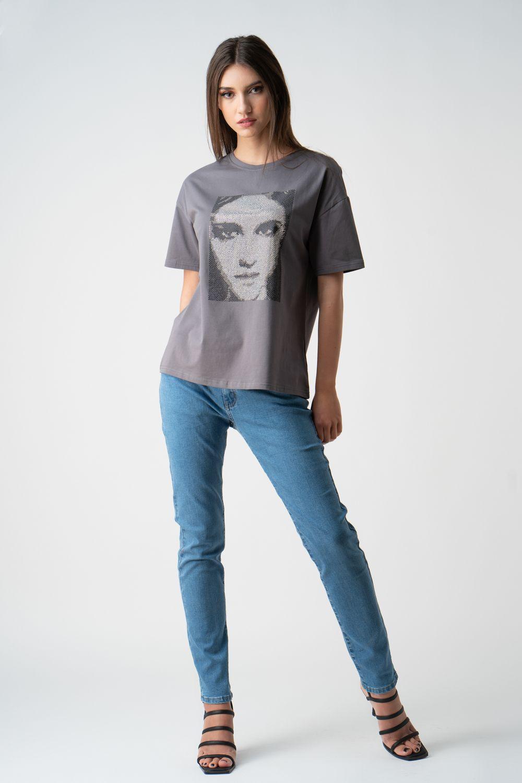 tricou gri cu imprimeu v21 Cristina