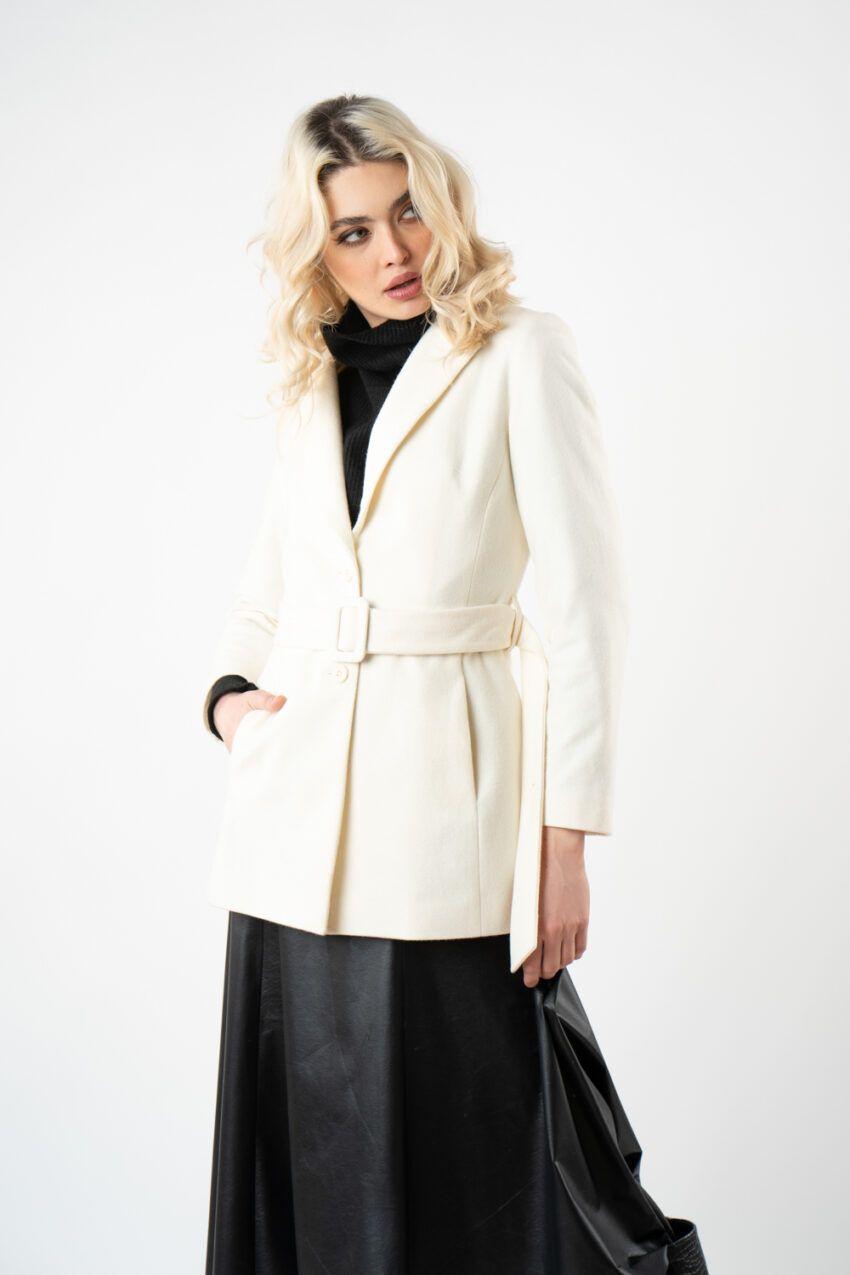 palton scurt bej i21 Ivona ETIC 2